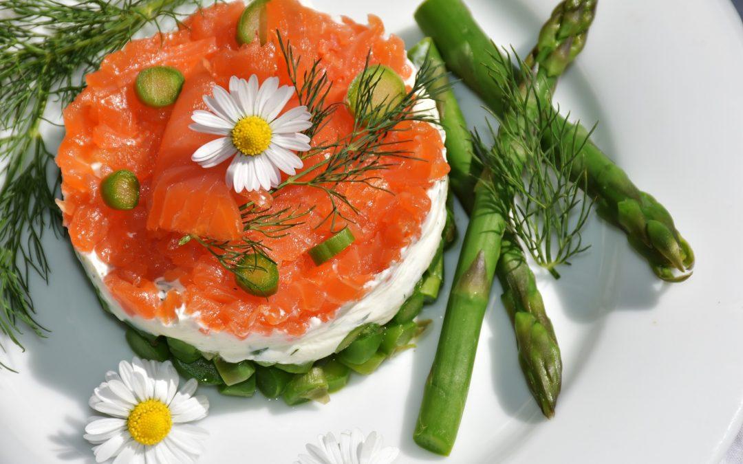 Los 8 alimentos para fortalecer tus huesos y combatir la osteoporosis